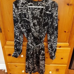 Cool black and white poly le chateau dress